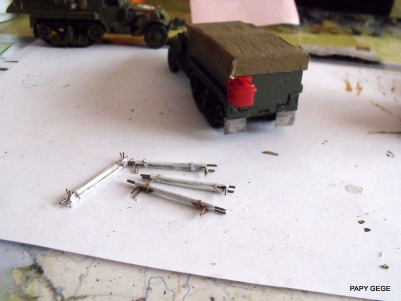 HALF-TRACK M3 TRANSPORT DE TROUPE au 1/50 + M3 AMBULANCE Half_s14