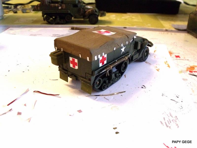 HALF-TRACK M3 TRANSPORT DE TROUPE au 1/50 + M3 AMBULANCE - Page 2 Half_s17