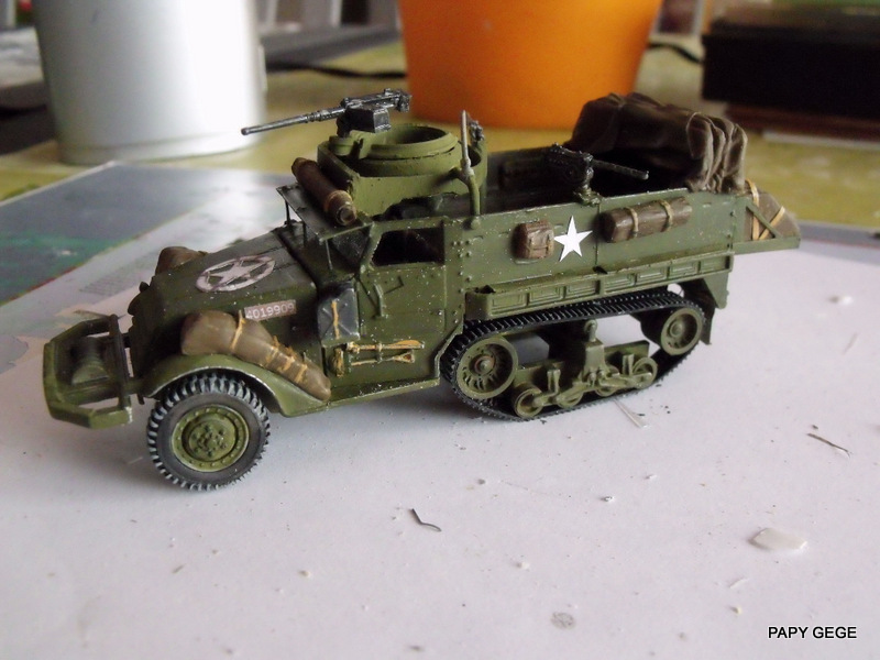 HALF-TRACK M3 TRANSPORT DE TROUPE au 1/50 + M3 AMBULANCE Half_t12