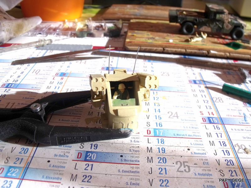 HUMVEE AVENGER au 1/48 base Tamiya Humave38