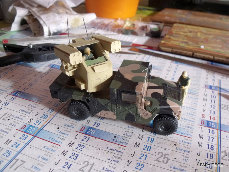 HUMVEE AVENGER au 1/48 base Tamiya Humave40