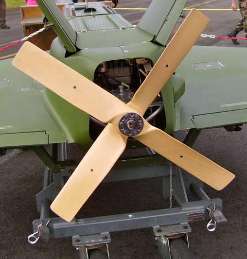 LANCEUR DE DRONES AU 1/60  Imgp0111