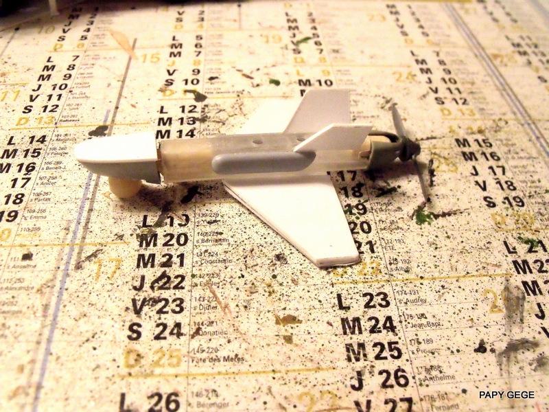 LANCEUR DE DRONES AU 1/60  Landro38