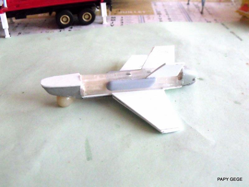 LANCEUR DE DRONES AU 1/60  Landro39