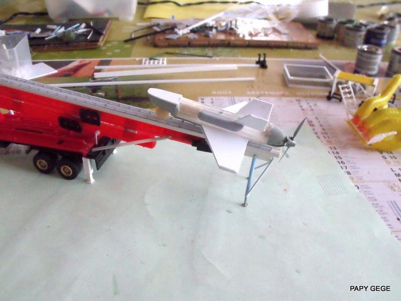 LANCEUR DE DRONES AU 1/60  Landro41