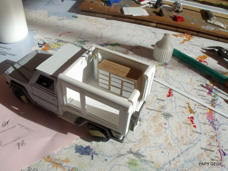 Peugeot P4 Atelier au 1/43 en scratch  P4at_114