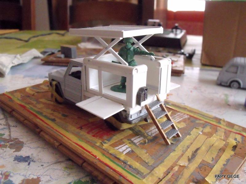 Peugeot P4 Atelier au 1/43 en scratch  P4at_310