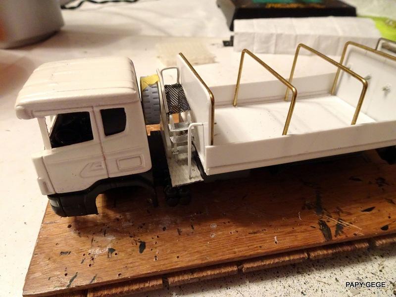 SCANIA ESSENCE ALAT AU 1/60 Scania32