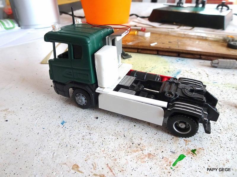 SCANIA PORTE CHAR base Teama au 1/50 Scania76