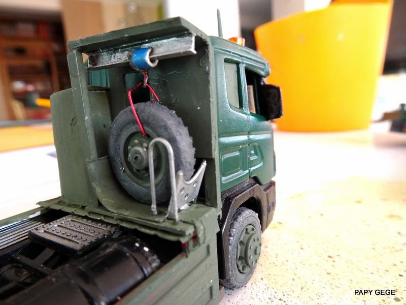 SCANIA PORTE CHAR base Teama au 1/50 Scania80