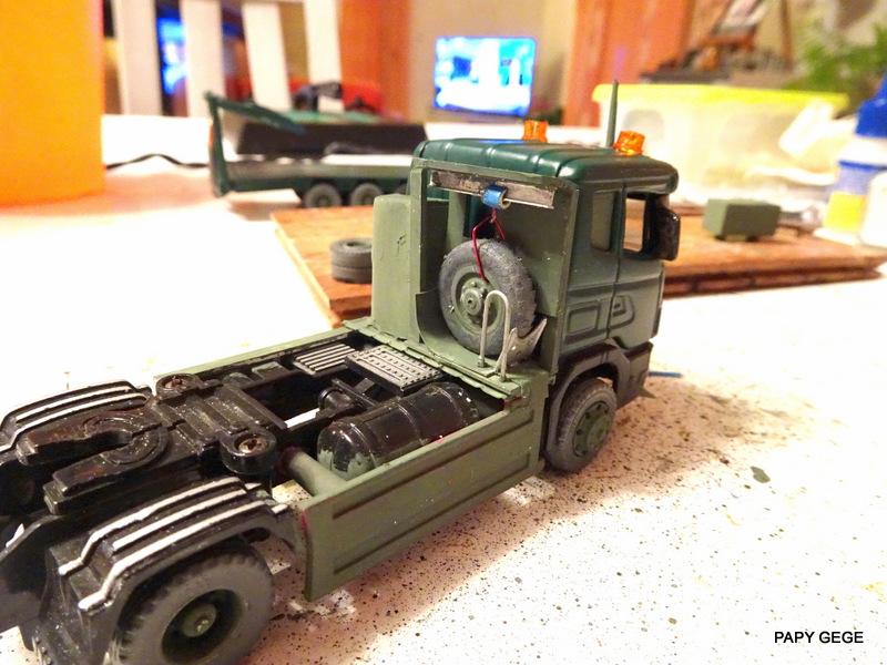 SCANIA PORTE CHAR base Teama au 1/50 Scania81