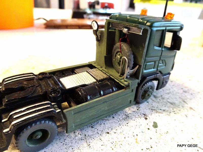 SCANIA PORTE CHAR base Teama au 1/50 Scania88