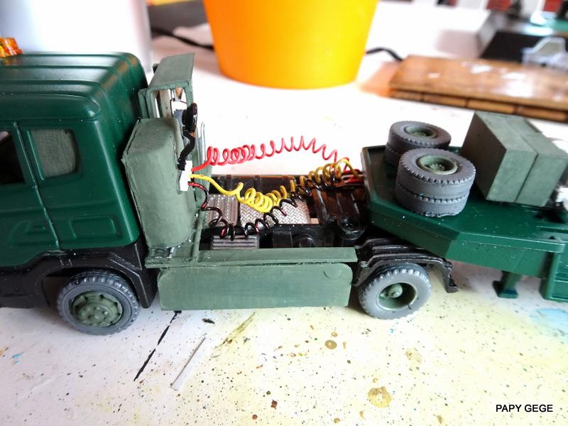 SCANIA PORTE CHAR base Teama au 1/50 Scania90