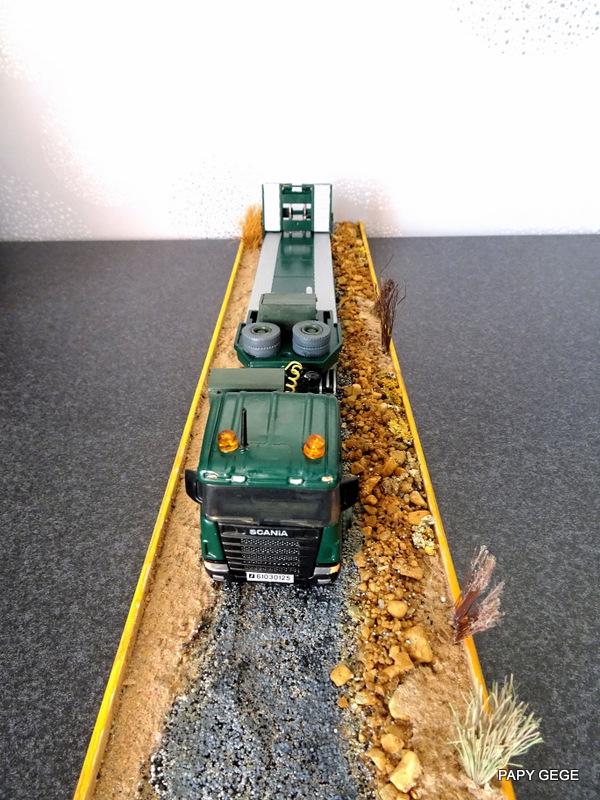 SCANIA PORTE CHAR base Teama au 1/50 Scania97
