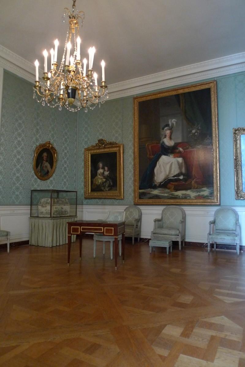 Chambre à coucher du Petit appartement de Marie-Antoinette, au rez-de-chaussée du château de Versailles P1120610