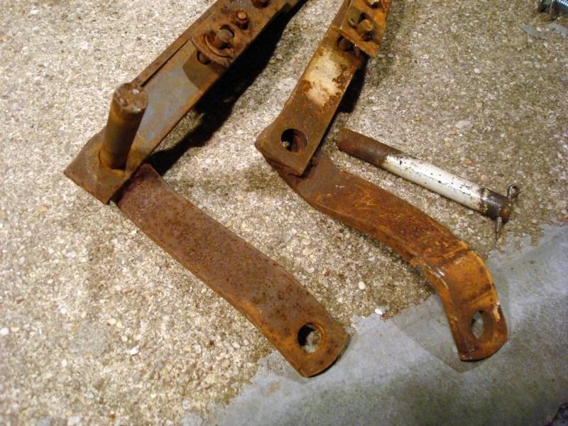 Dozer blade liftarm Lift_a10