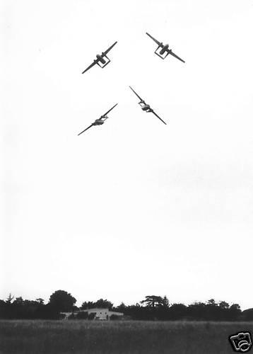 NORATLAS: Quand l'armée de l'Air avait une patrouille acrobatique formée par des avions… de transport Bkgi2810