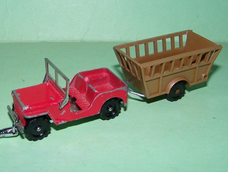 N°211 jeep + bétaillère 101e2012