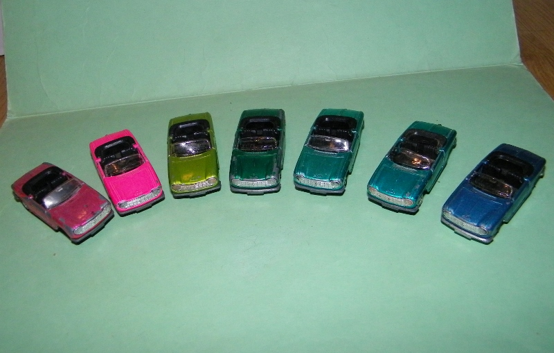 N°230 Peugeot 204 cabriolet 230_pe10