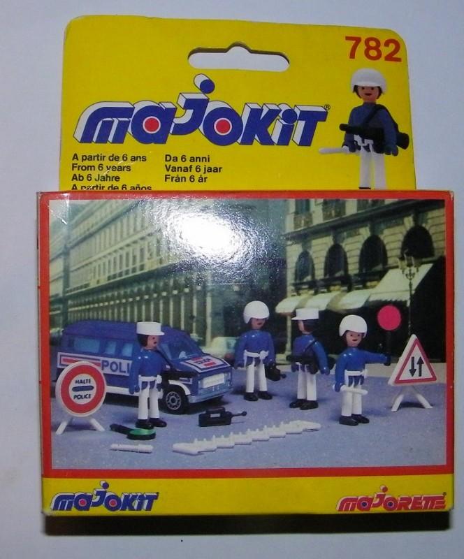 N°782 Police 782_po10