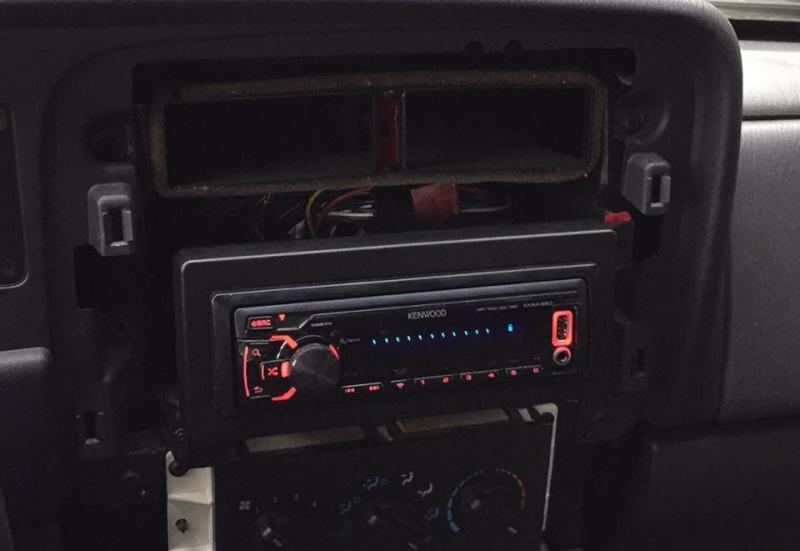 Un nouveau en Cherokee 2.5dT Sport 10822410