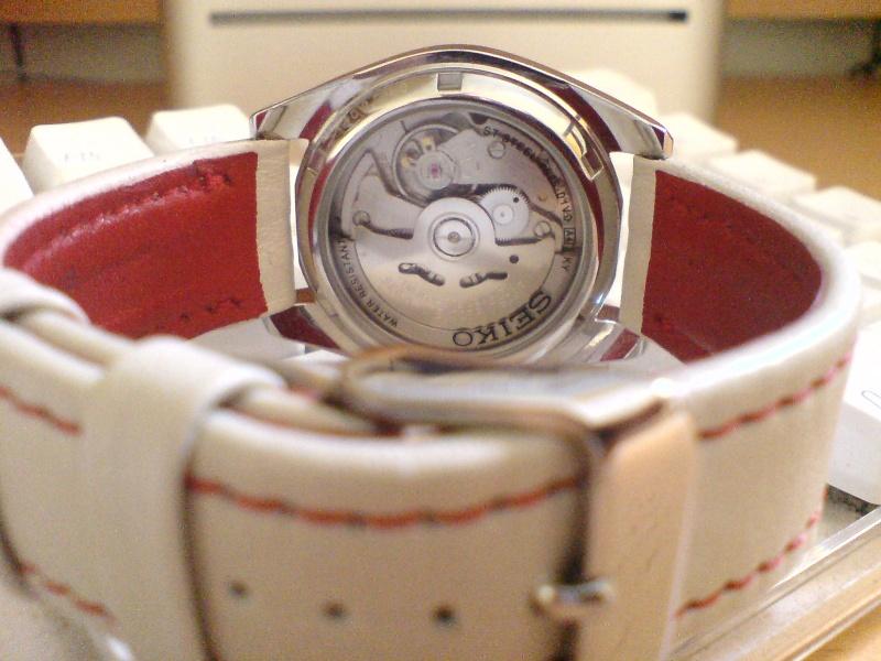 citizen - La montre du vendredi 29 août 2008 - Page 3 Dsc03312