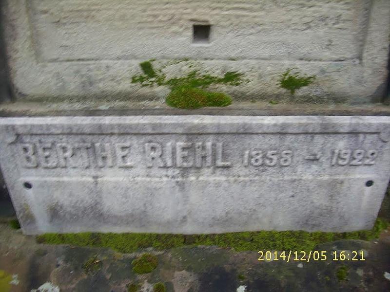 Berthe RIEHL (1858-1922) professeur et héroïne pour services rendus de 1870 à 1914 Unname23