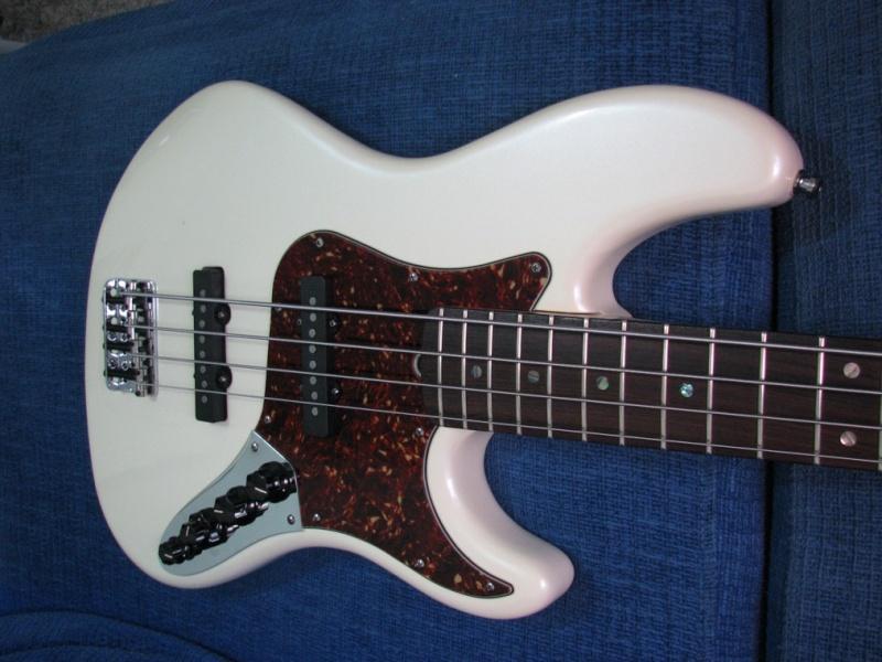 Rolou um clima com um Fender!!!! Fender11
