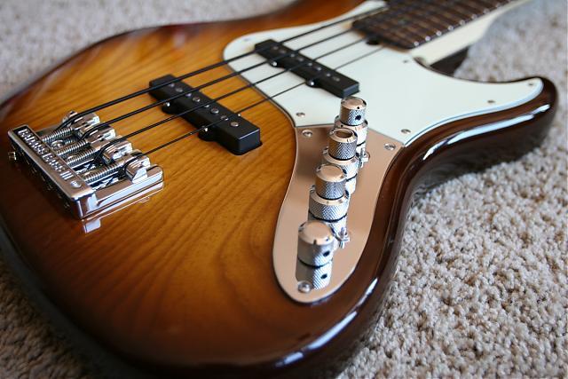 Rolou um clima com um Fender!!!! Img_8410