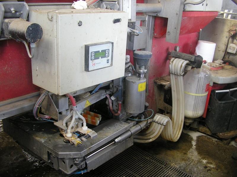 Salles de traite - Robots de traite P7111311