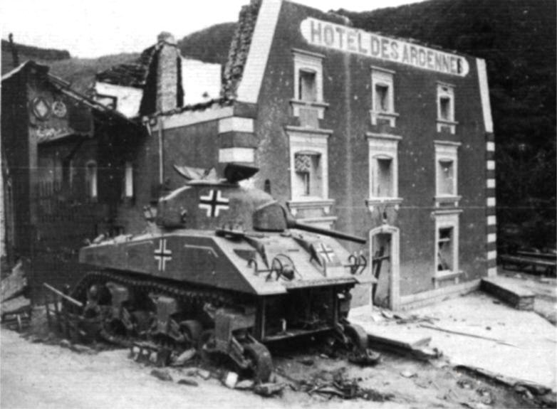 Sherman II (M4A1) Esch-s12