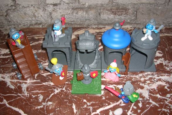 """[Mac donald's] Série de 6 figurines schtroumpfs 2005 thème """"Chevaliers"""" (allemagne) Mac210"""