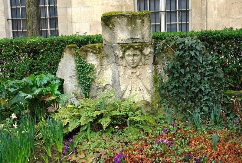 Le Square Georges Cain, à Paris 311