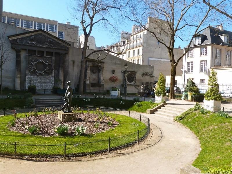 Le Square Georges Cain, à Paris P1030510