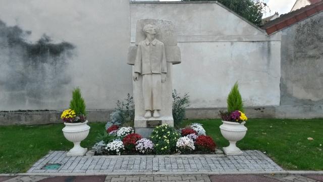 (Imaginons) La place Henri IV 20141132
