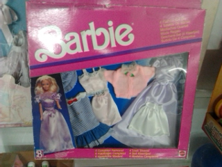 LOTTO PLAY SET BARBIE. ULTIMI A DISPOSIZIONE 2014-018