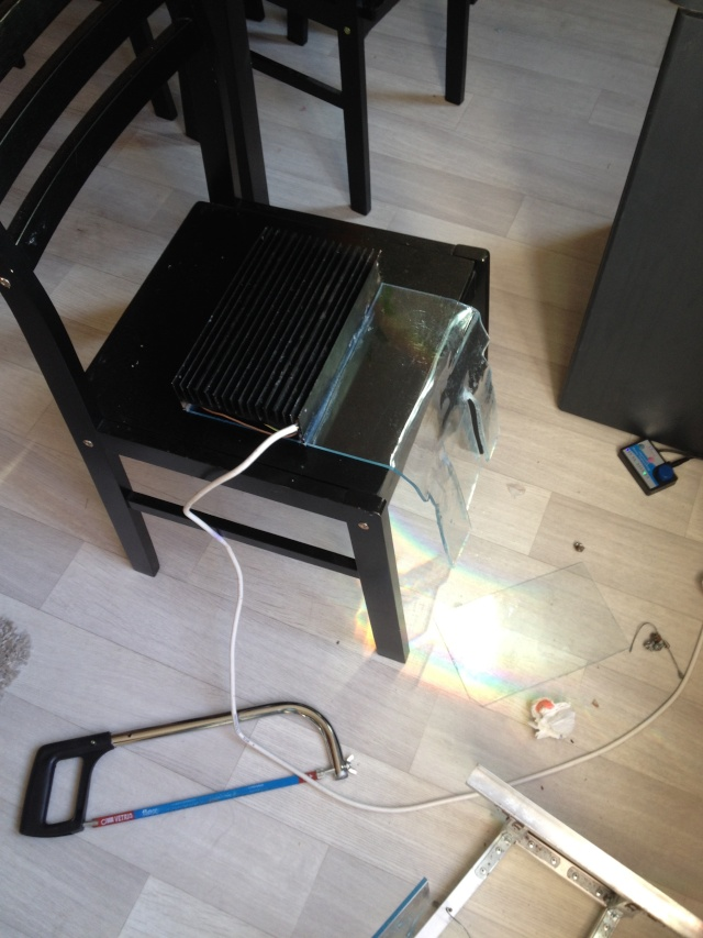 Support pour une rampe LED en plexiglass Img_7615