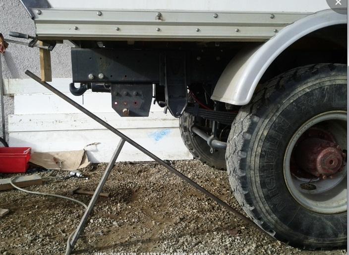 camping car à partir d'un Renault 110-170 4x4 : Rb310