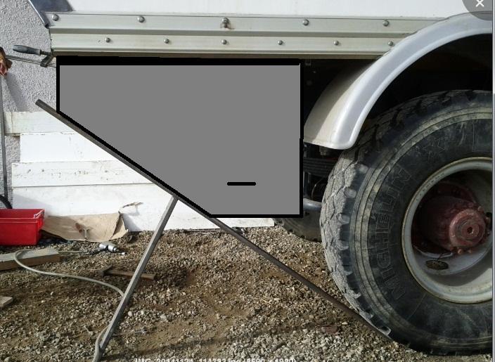 camping car à partir d'un Renault 110-170 4x4 : Rb410