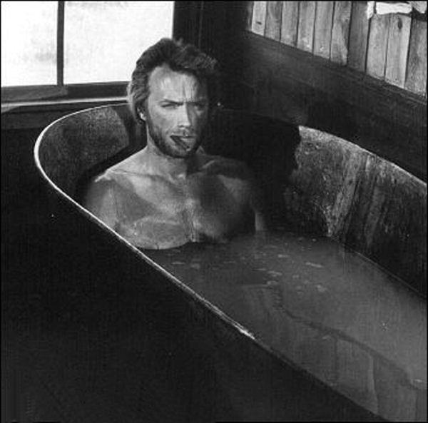 Dans la baignoire, s'il vous plaît... Clinte10