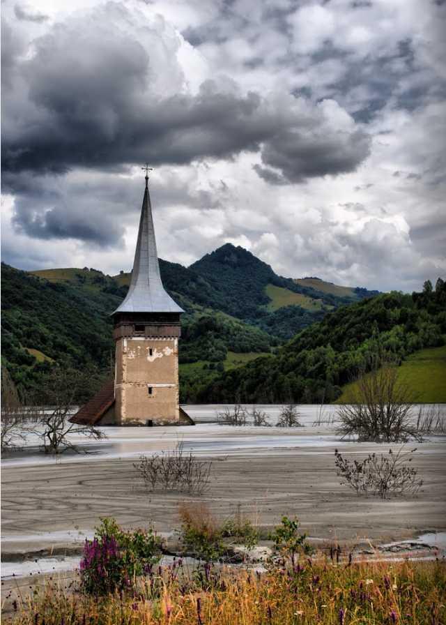 Village englouti de Geamana - Roumanie  2014-114