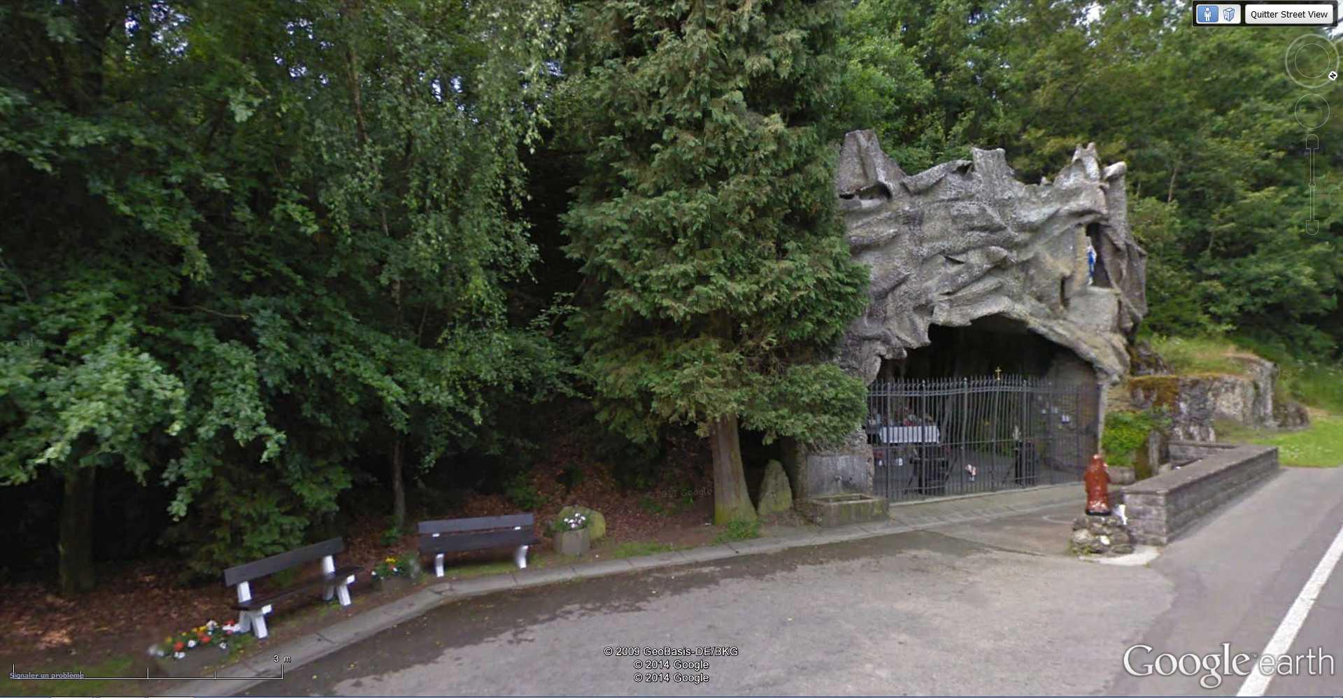 Les répliques de la grotte de Lourdes - Page 2 2014-123