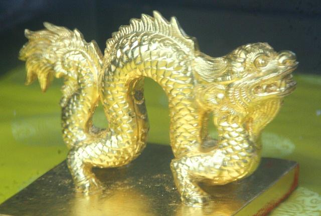 11 chiếc ấn rồng vàng tinh xảo của triều Nguyễn 20510-10