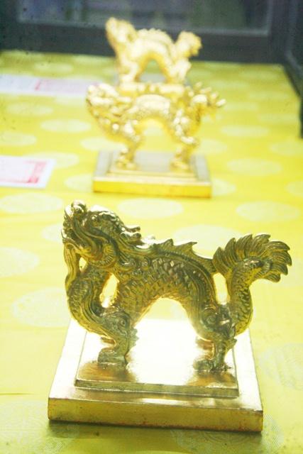 11 chiếc ấn rồng vàng tinh xảo của triều Nguyễn 20518-10