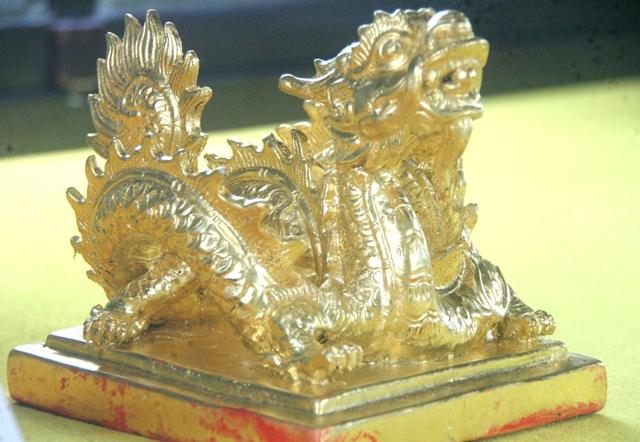 11 chiếc ấn rồng vàng tinh xảo của triều Nguyễn 2054-e10