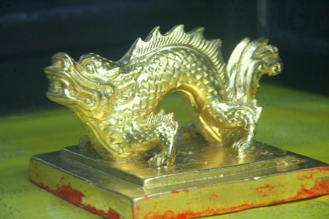11 chiếc ấn rồng vàng tinh xảo của triều Nguyễn 2056-e10