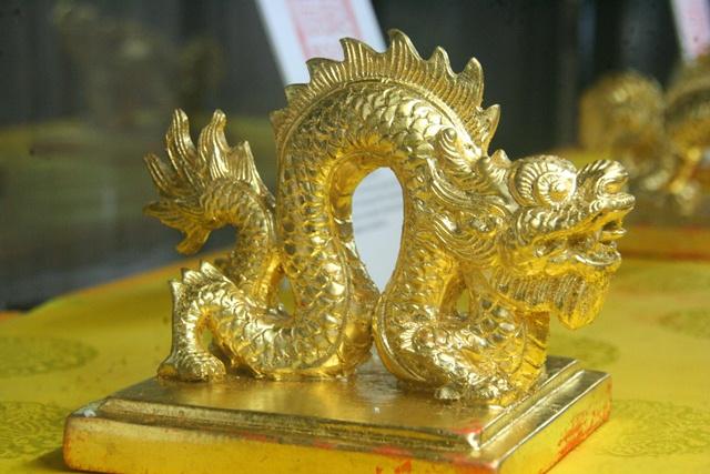 11 chiếc ấn rồng vàng tinh xảo của triều Nguyễn 2057-e10