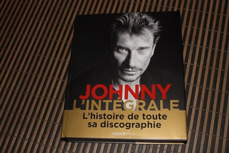 [livre] Johnny l'integrale l'histoire de tous ses disques Img_4910