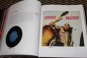 [livre] Johnny l'integrale l'histoire de tous ses disques Img_5076