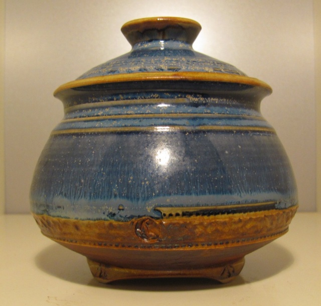 Lidded pot, stamp and painted marks Img_8823